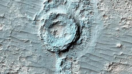 Sur Mars, on trouve des cratères… inversés ! (PHOTOS)
