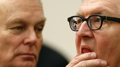 Le ministre français des Affaires étrangères Jean-Marc Ayrault (à gauche) et son homologue allemand Frank-Walter Steinmeier