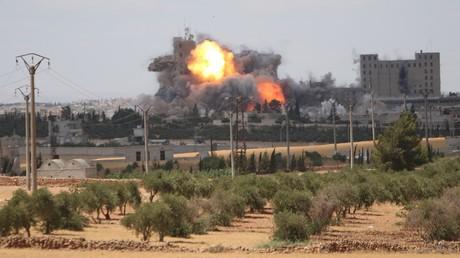 Des frappes aériennes américaines contre les positions de Daesh à Alep