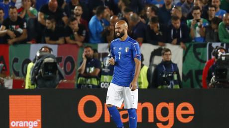 Euro 2016 : l'étrange penalty d'un joueur italien fait le régal de la twittosphère