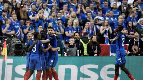 Euro 2016 : les Bleus dominent l'Islande 5-2, la twittosphère se régale