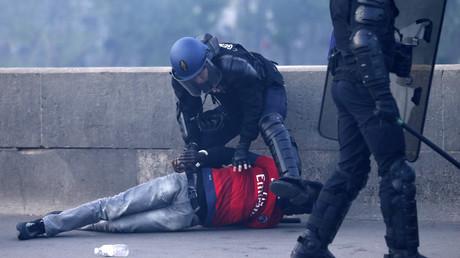 Hooligans russes privés de sortie en vertu d'une convention signée avec l'UEFA