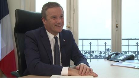 Nicolas Dupont-Aignan sur le 49.3 et la loi Travail : «On est au Moyen-Age des relations sociales !»