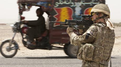 Royaume-Uni : les femmes soldats appelées à combattre au front
