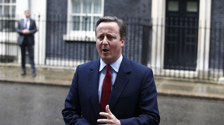 «Doo, doo, doo» : quelle chanson fredonnait David Cameron en quittant son poste ?
