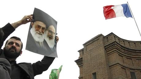 En 2009, l'Union européenne avait retiré l'OMPI de la liste des organisations terroristes, ce qui avait déjà provoqué la colère de Téhéran.