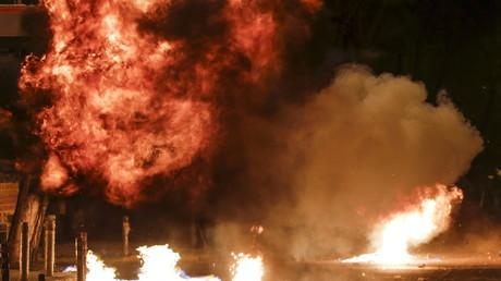 Explosion d'un cocktail Molotov