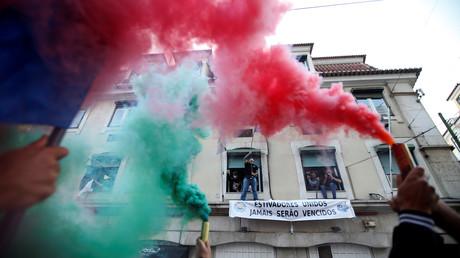 16 juin 2016 : une manifestation à Lisbonne contre la précarité de l'emploi