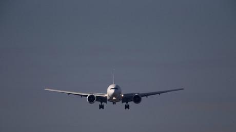 Deux «fichés S» refusés à bord d'un avion au départ de La Réunion