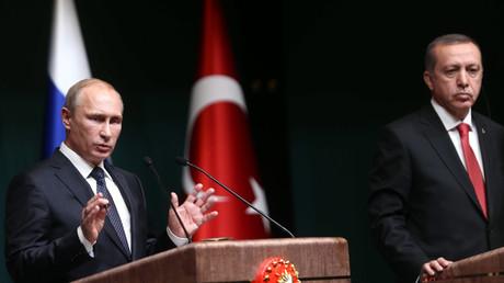 Les présidents turc Recep Tayyip Erdogan et russe Vladimir Poutine, en 2014.