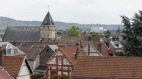 EN CONTINU : La France sous le choc après l'attentat dans une église près de Rouen