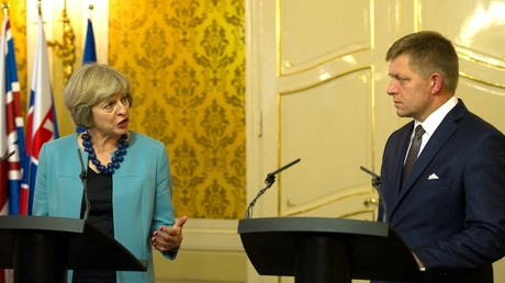Le Premier ministre britannique Theresa May et son homologue slovaque Robert Fico.
