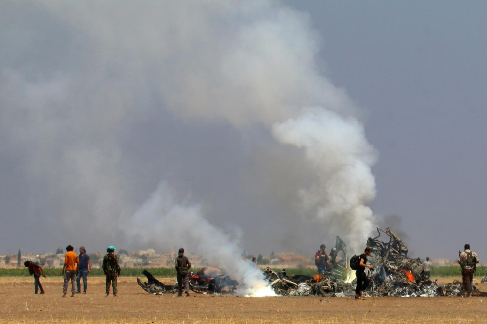 Un hélicoptère russe Mi-8 avec cinq personnes à bord abattu par les rebelles en Syrie