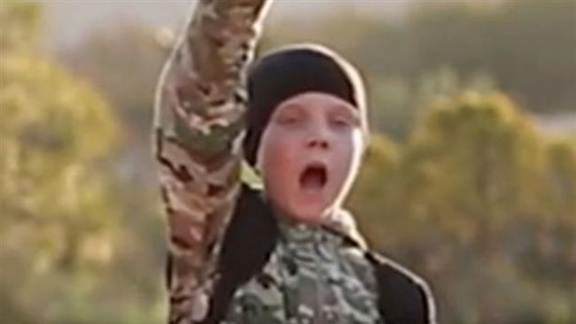 Un garçon britannique exécute un otage dans une nouvelle vidéo de Daesh