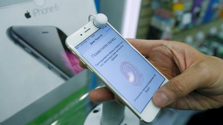 Apple accusé d'entente sur les prix de ses iPhone en Russie