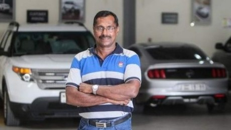 Cet Indien a survécu à un accident d'avion et gagné un million de dollars durant la même semaine
