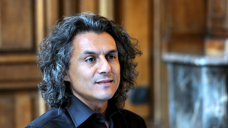 L'entrepreneur Rachid Nekkaz se propose de payer les amendes anti-burkini