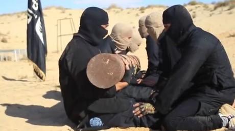 Des combattants du prétendu califat à l'entraînement