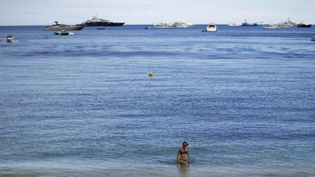 Burkini : quatre nouvelles communes des Alpes-Maritimes interdisent la tenue controversée
