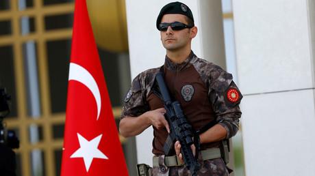 Turquie : 187 hommes d'affaires soupçonnés de liens avec Fethullah Gülen privés de leurs biens