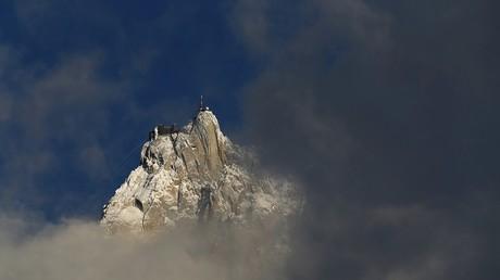Un guide de montagne et ses deux clientes meurent en pleine ascension du Mont-Blanc
