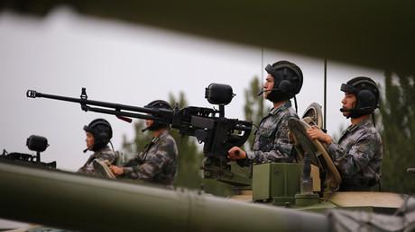 Des soldats de l'Armée populaire de libération