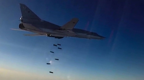 Un Tupolev Tu-22M3 pendant un raid aérien à Alep