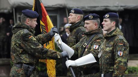 Des militaires allemands lors d'une cérémonie commémorative de la Seconde Guerre mondiale à Strasbourg, en 2010.