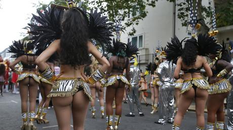 Londres : plus de 400 personnes blessées, dont 4 poignardées, au Carnaval de Notting Hill