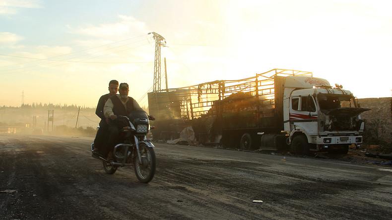 Convoi humanitaire incendié à Alep. Photo ©Reuters/Ammar Abdulla