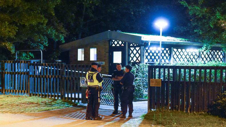 Des policiers suédois après la fusillade à Malmö