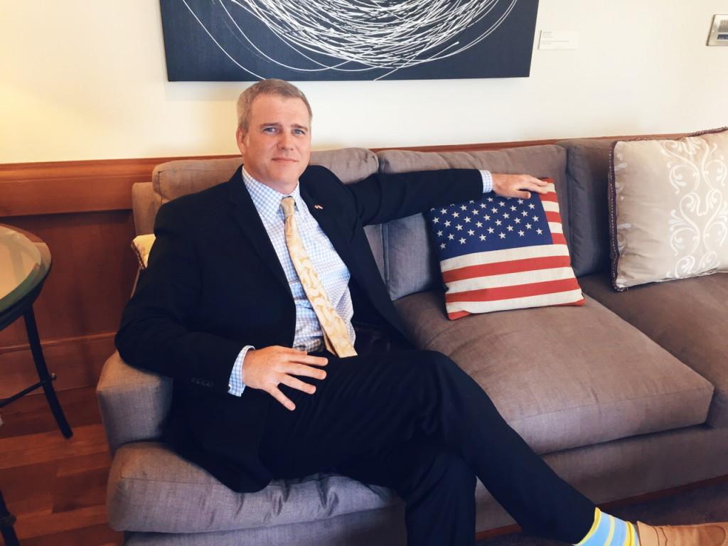Voulez-vous devenir ambassadeur des Etats-Unis ? Vous n'avez qu'à payer !