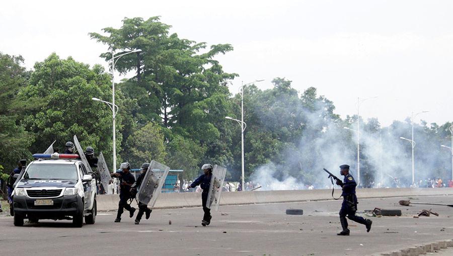 RD Congo : jusqu'à 50 morts et un policier brûlé vif lors de manifestations antigouvernementales