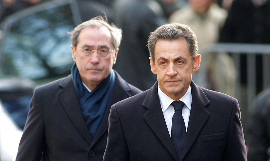Claude Guéant, ministre de l'Intérieur, avec Nicolas Sarkozy en 2011. Photo Michel Euler/Pool/AFP