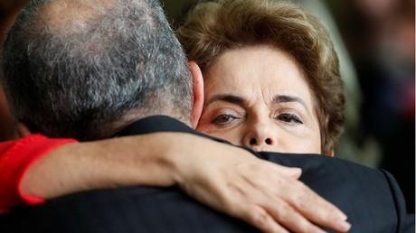 Dilma Rousseff refuse de faire ses adieux