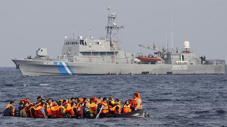Révélation : en 2014, des garde-côtes grecs ont mitraillé une embarcation de migrants