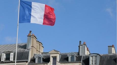 Un syndicat de copropriété demande à des Niçois de retirer le drapeau français de chez eux