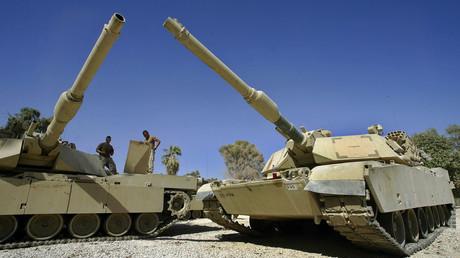 Des tanks Abrams (ici en Irak),  tels que ceux que les Etats-Unis doivent vendre à Ryad.