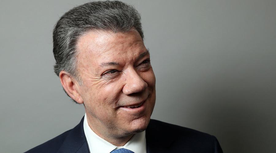 Juan Manuel Santos, prix Nobel de la paix 2016, vient allonger une liste de lauréats controversés
