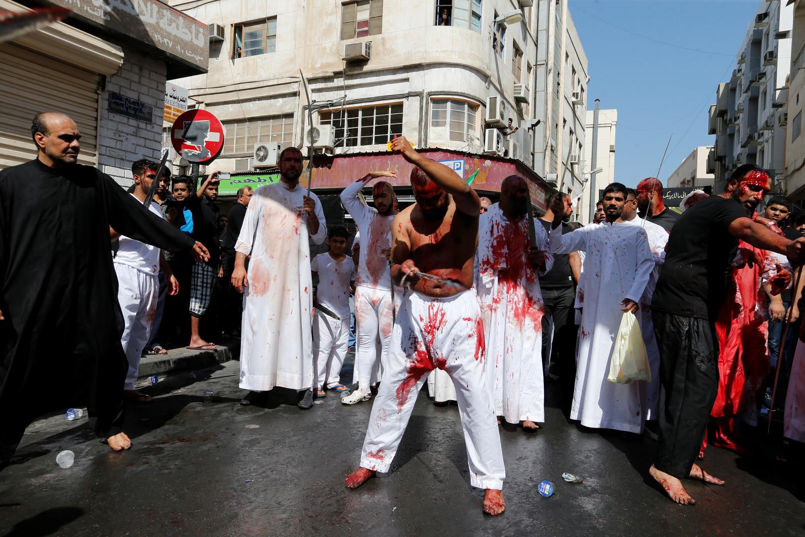 Les musulmans chiites du monde entier célèbrent la fête religieuse d'Achoura (VIDEO)
