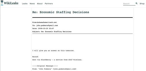 Wikileaks publie de nouveaux mails du directeur de campagne d'Hillary Clinton