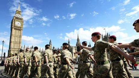 Des soldats britanniques lors d'une parade à Londres en juin 2011