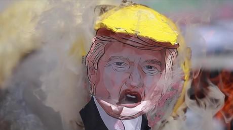 Des Mexicains décident de faire «sa fête» à un Donald Trump... sous forme de piñata !