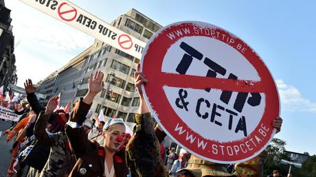 La Wallonie met son veto à la signature par la Belgique de l'accord de libre-échange CETA
