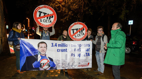 Manifestation contre le CETA en Wallonie, octobre 2016.