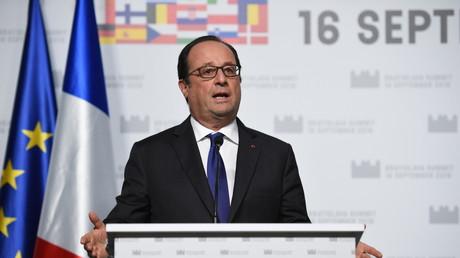François Hollande s'exprime lors du sommet européen de Bratislava le 16 septembre 2016