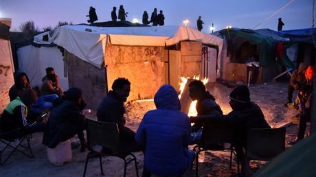 Evacuation de la Jungle à Calais : les élus ne savent pas qui ils doivent accueillir