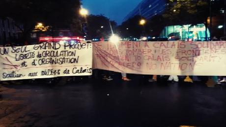Plusieurs centaines de manifestants à Paris, Nantes et Rennes en soutien aux migrants
