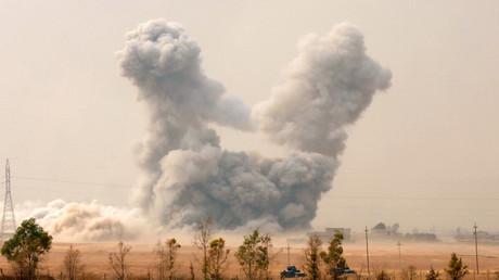 Le village de Topzawa, près de Mossoul, sous les bombes de la coalition dirigée par les Etats-Unis