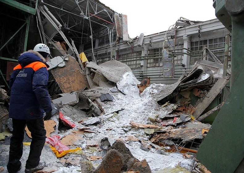 Catastrophe en Oural : le toit d'une usine s'effondre, au moins quatre morts